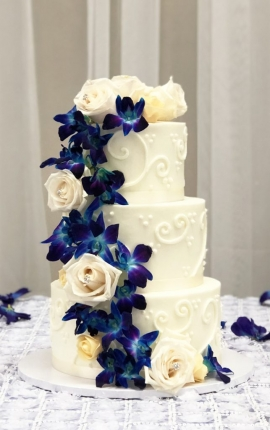 wedding cake, buttercream wedding cake, buttercream texture, buttercream piping, fresh orchid cake, fresh rose wedding cake, blush rose wedding cake, eucalyptus
